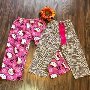 Other - 🎉5/$25🎉(2) Pairs of Pajama Pants SMALL